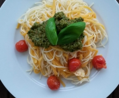 leichtes Rucola-Pesto