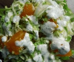 Chinakohlsalat mit Mandarinen und Dressing