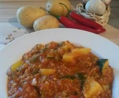Scharfer Grünkern-Kartoffel-Eintopf mit Gemüse