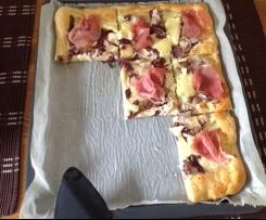 Pizza mit Radicchio