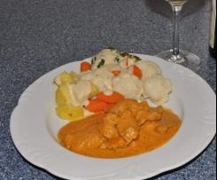 Variation von Variation von All-in-One:Schweine-Geschnezeltes an Blumkohl-Broccoli-Möhren-Gemüse