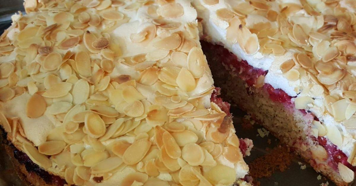 Johannisbeer Nuss Baiser Kuchen Von Fa Gie Ein Thermomix Rezept