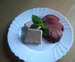Zimtparfait mit Rotweinbirnen