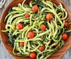 Variation von Sommernudeln - Sommerspaghetti Lchf