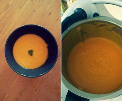 Süßkartoffel-Möhren Suppe