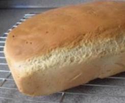 Orangen-Dinkel-Brot