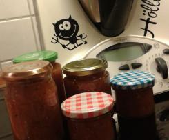 Zuckerfreies Tomaten-Apfel-Chutney pikant