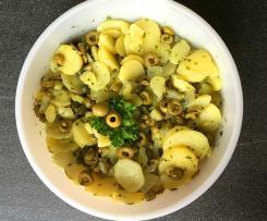 Kartoffelsalat ohne Mayonnaise - mediterran mit Oliven