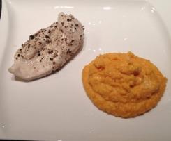Süßkartoffelpüree mit Cheddarkäse und Hähnchenbrustfilet