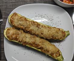 Variation Zucchini mit Quinoa gefüllt (vegan)