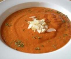 Paprikasuppe mit Mandeln (vegan, low carb)
