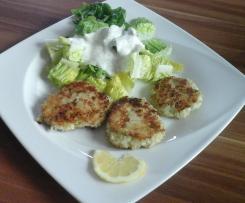 Fischfrikadellen mit Römersalat (nur 378 kcal)