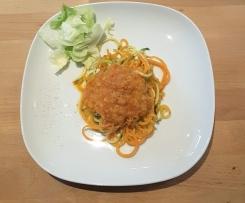 vegane Linsenpaprikasoße mit Gemüsespagetti