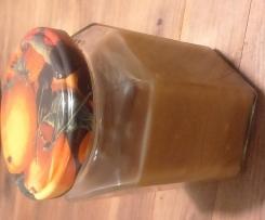 Variation von Karamellsauce mit Erdnussbutter