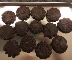 Schokoladen-Guetzli mit Gebäckpresse