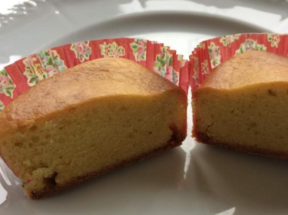 mini kuchen k chlein muffins edler orangenkuchen mit safran kumquats ohne eier. Black Bedroom Furniture Sets. Home Design Ideas