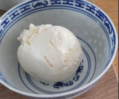 Vanille-Eis für die Eismaschine (mit Birkenzucker / Xylit)
