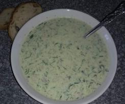 Russische Sommer Kalte Suppe Okroschka