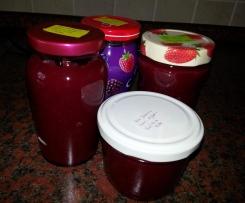 Rote Johannisbeer-Apfel-Konfitüre aus Finessen 4/2013