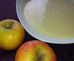 Pastinaken-Apfel-Suppe