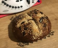 Dinkel-Chia Brot mit Mandeln