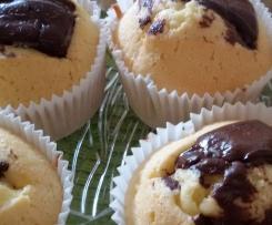 Eierlikör Muffins mit Schokohaube
