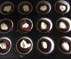 Schoko-Frischkäse-Muffins, liebevoll Füllungsmuffins genannt