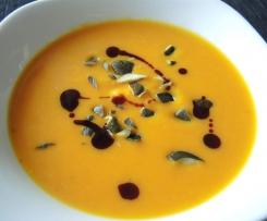 Kürbissuppe mit Orangensaft