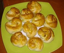 türkische Brötchen mit Schafskäse