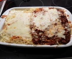 Spaghetti-Käse-Hackfleisch-Auflauf a la Borsti