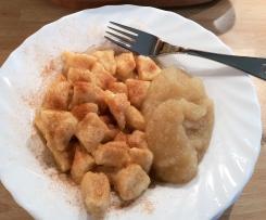 Süße Gnocchi (Kartoffelklößchen) mit Zimt und Zucker
