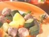 Zucchini mit Hackfleischbällchen in Tomatensauce