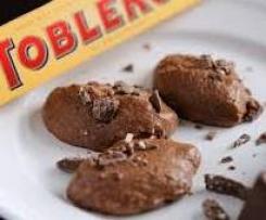 Super feines Tobleronemousse