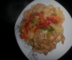 Nudeln mit Hähnchenbrust und Gemüsesoße (WW geeignet als Sama)