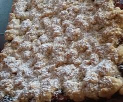 Kirsch - Blechkuchen mit Quark-Öl-Teig, Vanillecreme und Streusel