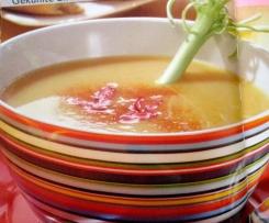Gekühlte Birnen-Curry-Suppe