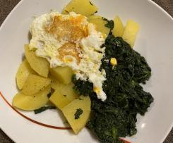 Kartoffeln und Spinat mit Spiegelei