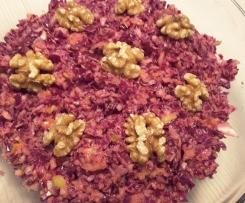 fruchtiger Rotkohlsalat mit Walnüssen