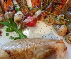 Gerrys besonders zarte Hähnchenbrust  -  Sous vide - mit feinem Pfannengemüse und kleiner Pastabeilage