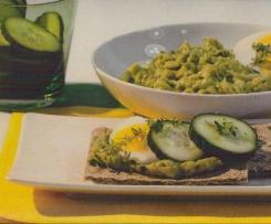 Knäckebrot mit Avocado-Dip