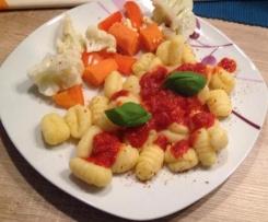 Gnocchi mit italienischer Soße und Varoma Gemüse