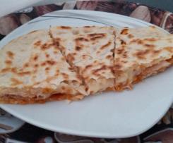 Focaccia gefüllt (4 Käse) aus der Pfanne