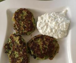 Kolokithokeftedes / griechische Zucchinipuffer