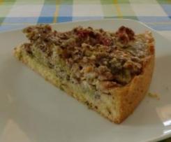 Rhabarberkuchen mit Nuss