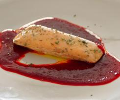 Lachs Sous Vide mit Rote-Bete-Gel