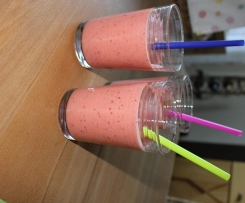 Erdbeer-Nektarinen-Smoothie