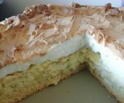 Rhabarberkuchen mit Pudding und Baiser - Eiweißverwertung