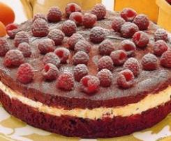 Schoko-Torte mit Himbeeren