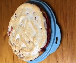 Rhabarber-Himbeer-Kuchen mit Baiserhaube