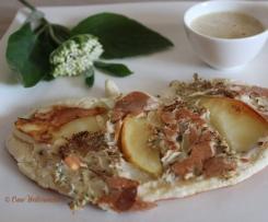 Holunderpfannkuchen mit Vanillesoße